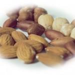 くるみの食べ過ぎは太る?【腹痛や6つの害にも要注意!】