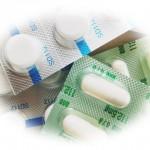 抗生物質の副作用で下痢や吐き気がひどい。これ大丈夫?
