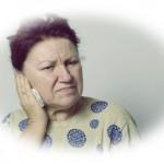 耳から膿が出て炎症をおこした【3つの原因や対処法を解説】